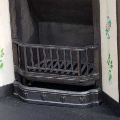 INS112 - Cast Iron Antique Victorian Fireplace Insert