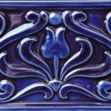 Embossed Tulip Border Tile (ST208)