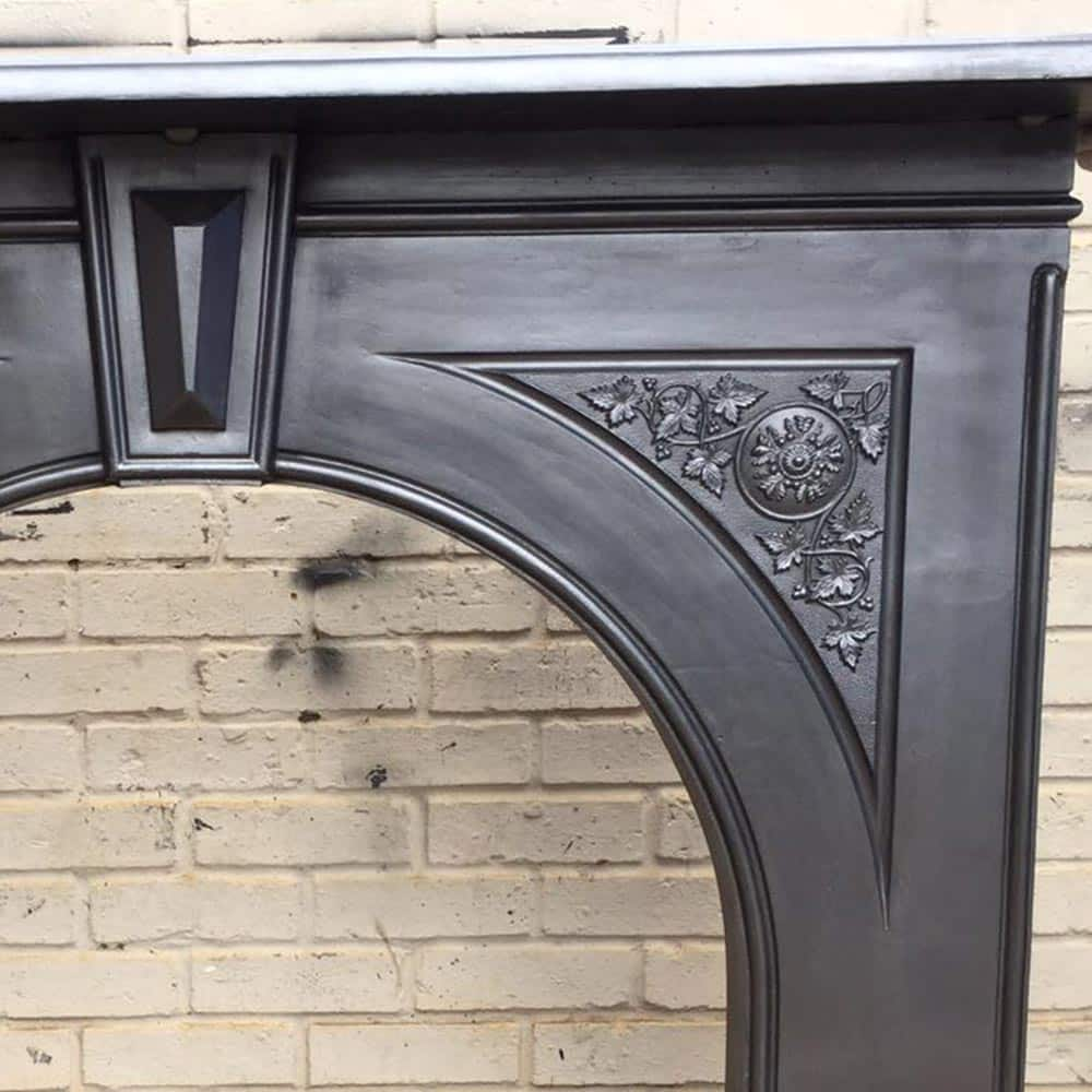 dating cast iron fireplaces Content supplied by designer fireplaces owners of contemporary or older period properties often wish to re-introduce or retain the centrepiece of a fireplace in their chosen style or on the style of their original home.