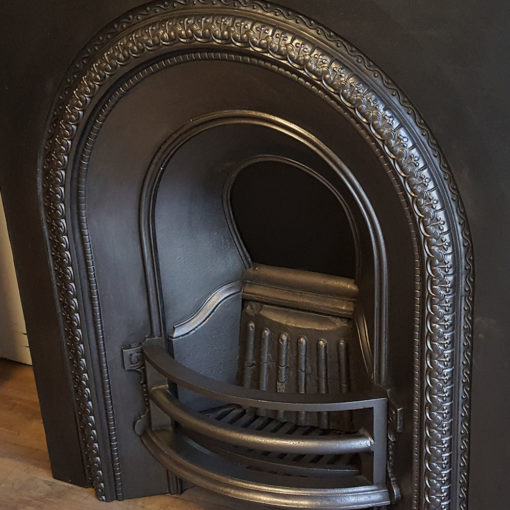 INS356 - Original Arched Cast Iron Insert Detail